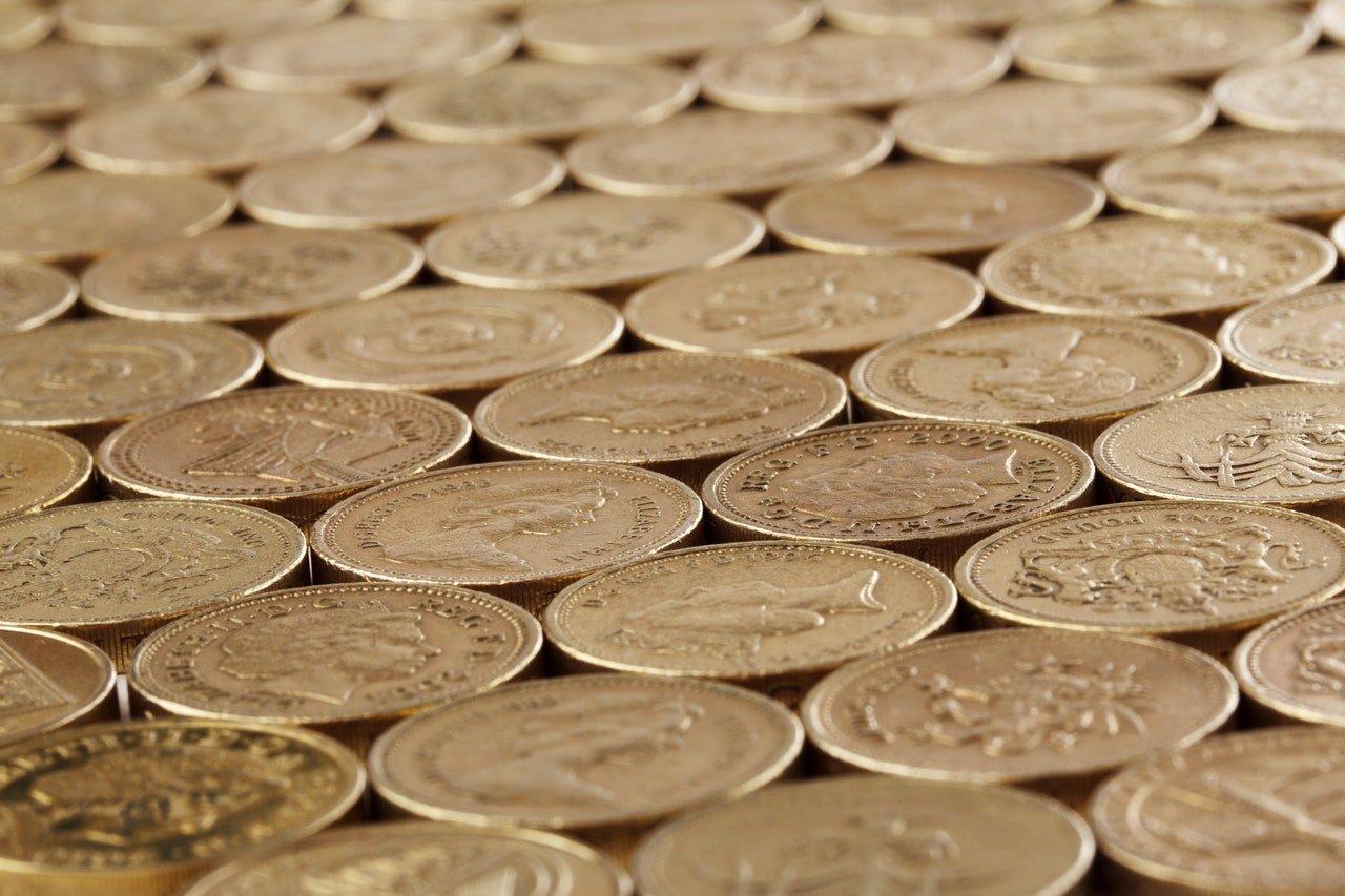 gold round coins 41183 - Edward Thomas Peirson & Sons Accountants